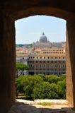 背景大教堂bernini城市喷泉彼得・罗马s方形st梵蒂冈 库存照片