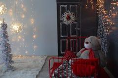 背景对光检查圣诞节构成黑暗的夜间新的s玩具年 抽象背景构成守护程序黑暗的数字式幻想妖怪绘画正方形主题拖钓 图库摄影