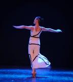 背景差事到迷宫现代舞蹈舞蹈动作设计者玛莎・葛兰姆里 库存图片