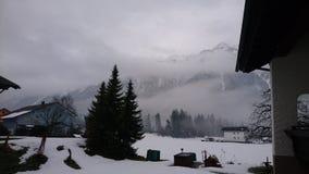 背景捷克最高的横向山snezka冬天 免版税库存照片