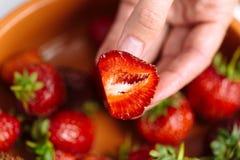背景新鲜的草莓 免版税库存图片