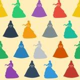 背景无缝的婚礼 一位公主的五颜六色的剪影柔和的奶油色背景的 免版税库存照片
