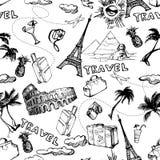 背景无缝的旅行 手拉的暑假样式 向量 免版税库存图片