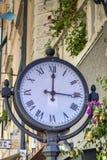 背景时钟例证查出的街道向量白色 免版税库存图片