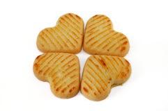 背景曲奇饼心形的白色 免版税库存图片
