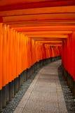 背景桔子torii 库存照片