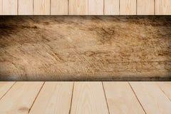 背景楼层被碾压的teakwook纹理木头 免版税库存图片