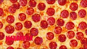 背景比萨意大利辣味香肠 参观我的页 您能发现每比萨的一个图象在您的咖啡馆或餐馆卖了 股票视频