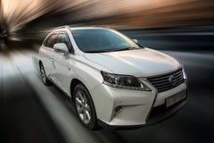背景汽车庄稼容易地包括路径导航白色 免版税图库摄影