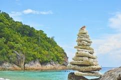 背景海滩分行横向海洋日落结构树 库存图片