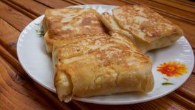 背景点心干酪红色村庄的薄煎饼 免版税库存照片