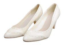 背景特写镜头不同的英尺停顿高查出的行程红色鞋子运动鞋体育运动二名佩带的白人妇女妇女 免版税库存图片