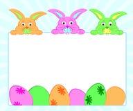 背景用兔子和鸡蛋复活节的 免版税图库摄影
