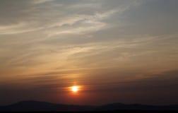 背景的日落 库存图片