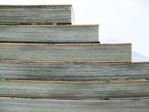 背景的许多书 库存图片