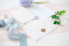 背景看板卡图画邀请向量婚礼白色 免版税库存图片