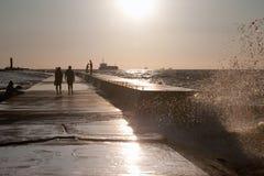 背景码头海运视图 库存图片