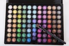 背景空白画笔的化妆用品 库存照片