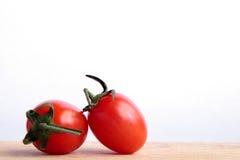 背景空白的蕃茄 免版税库存图片