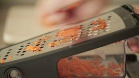 背景红萝卜食物磨丝器现有量藏品厨房工作室菜白色 影视素材