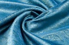 背景纹理,样式 蓝色佩兹利丝绸薄绢mod fabri 库存图片