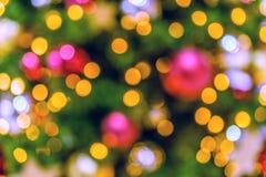 背景美好的圣诞节例证结构树向量 Bokeh defocused光 库存图片