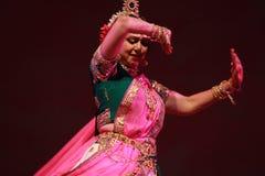 背景舞蹈印第安白人妇女年轻人 库存照片