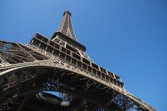 背景蓝色埃菲尔・法国巴黎天空塔 免版税图库摄影