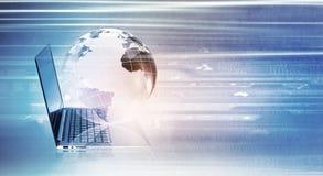 背景蓝色电缆连接深互联网插件 免版税库存照片