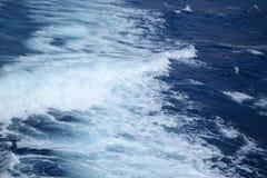背景蓝色自然海运通知 免版税库存图片