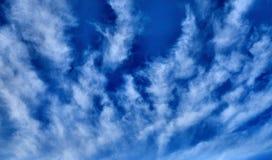 背景蓝色覆盖天空 背景开罗埃及前景吉萨棉hdr图象khafre金字塔狮身人面象 免版税库存照片