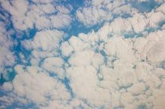 背景蓝色覆盖天空 库存照片