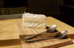 背景蛋糕椰子完全地被装载的图象 图库摄影