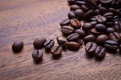 背景豆咖啡木头 库存照片