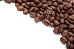 背景豆被弄脏的咖啡渐近有选择性的重点 库存照片