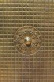 背景豪华古色古香的反射的门 免版税库存照片