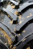 背景轮胎拖拉机踩 免版税库存图片