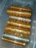 背景钞票欧元五十空白一百货币的卷 库存图片