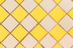 背景铺磁砖墙壁黄色灰色 免版税库存照片