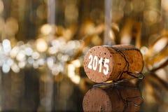 背景香槟黄柏查出的白色 免版税库存照片