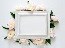 背景高雅重点邀请浪漫符号温暖的婚礼 库存照片