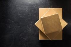 背景黑匣子纸板 免版税图库摄影