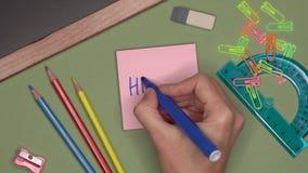 背景黑名册概念copyspace学校 妇女递写你好在笔记薄 影视素材