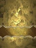 背景以不规则性和从金子的一个标志 设计的要素 设计的模板 复制广告小册子或announ的空间 免版税库存照片
