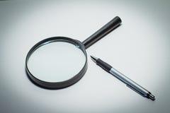 背景玻璃例证查出的扩大化的向量白色 免版税库存照片