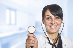 背景医生查出的白人妇女 库存照片