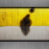 背景黄色油漆纹理难看的东西老金属 免版税库存照片