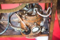 背景从蒸汽管和压力表的葡萄酒steampunk 免版税图库摄影