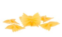 背景farfalle查出的意大利面食白色 免版税库存照片