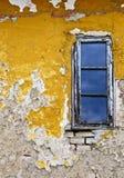 背景grunge墙壁视窗 库存图片
